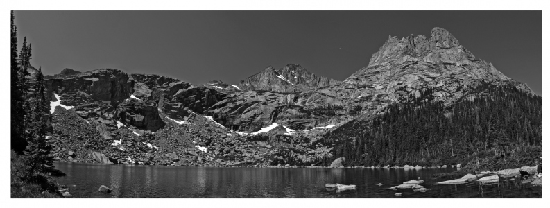 Pano-black-lake-crop